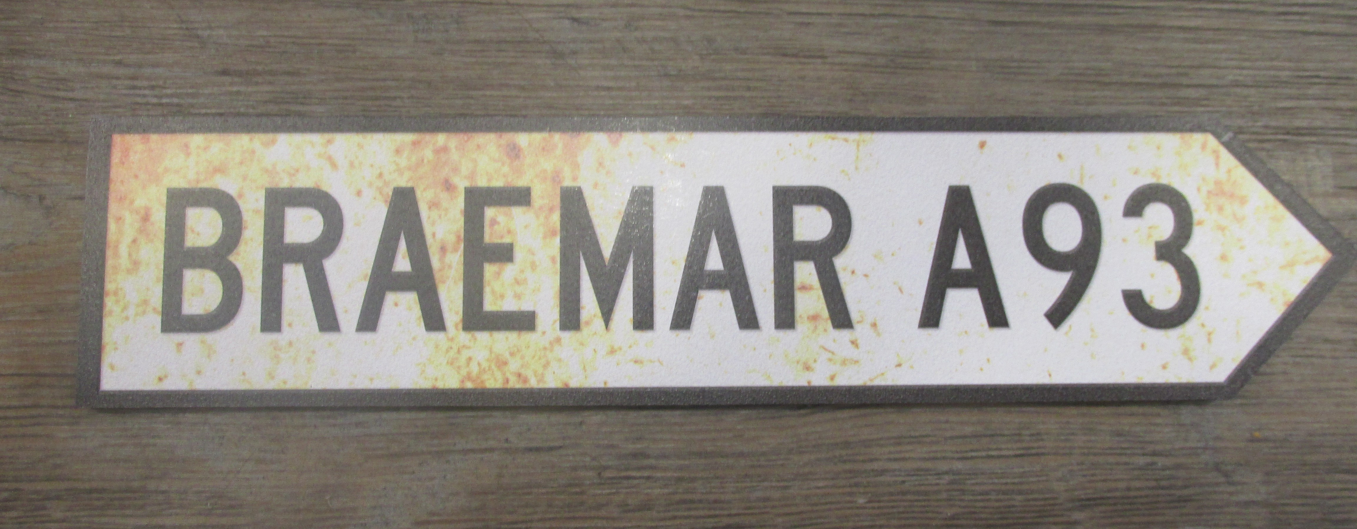 Image for Vintage Style Braemar Road Sign